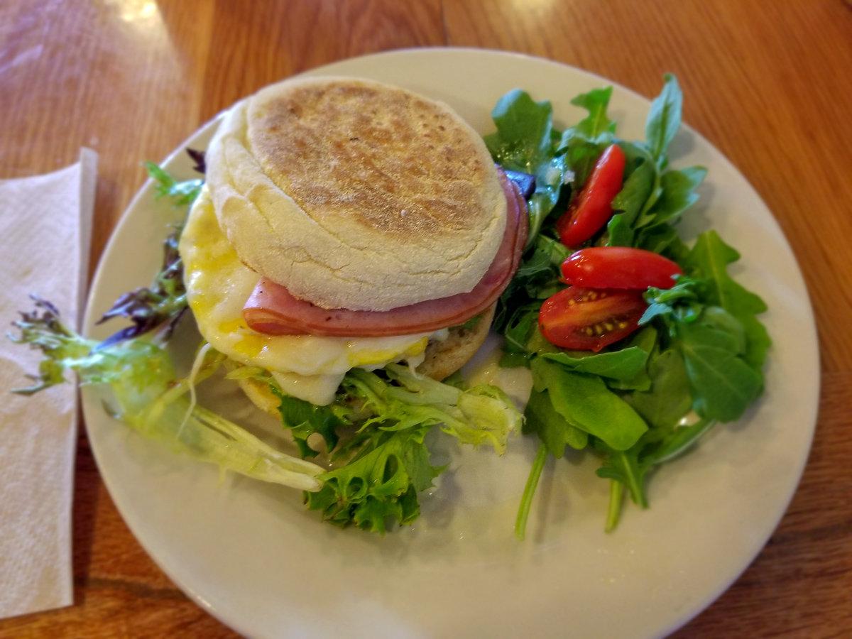 Breakfast at Frontier in Joshua Tree