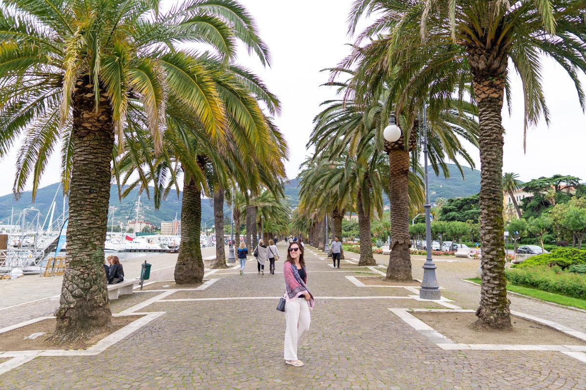 Walking through the streets of La Spezia, Italy